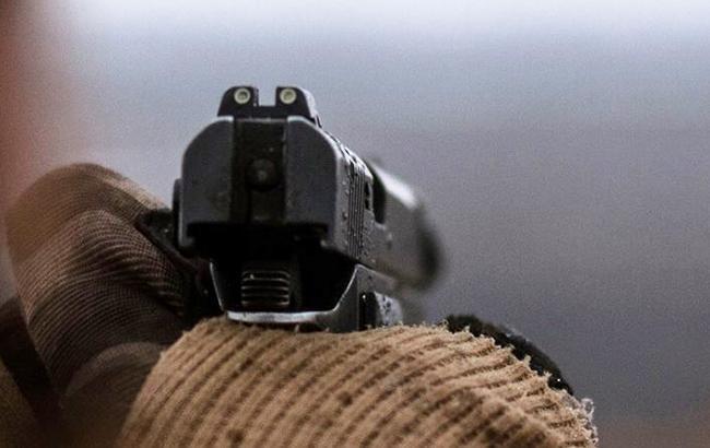 Ілюстративне фото: пістолет (facebook.com 93OMBR)