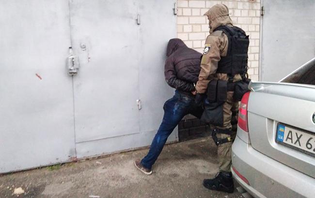 Фото: задержание иностранца (facebook.com/Андрей-Крищенко)