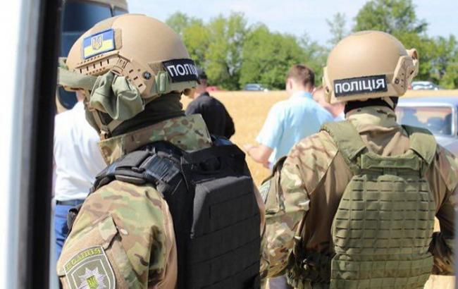 Фото: українська поліція (facebook.com/apostolmv)