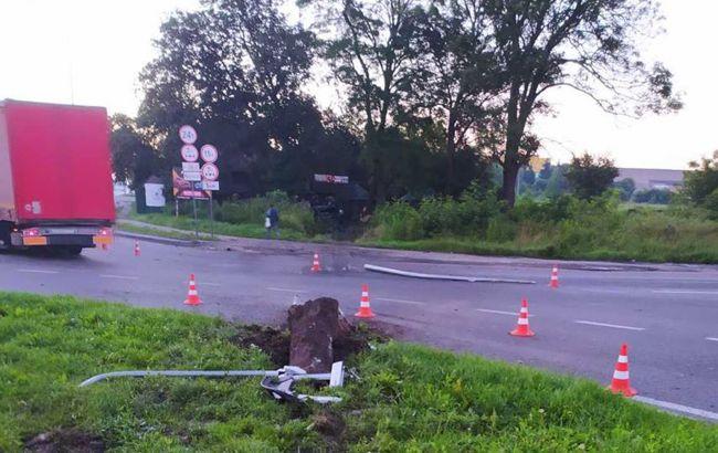 У ДТП під Львовом загинула людина і ще троє постраждали