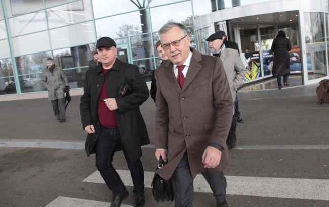 Нападавших на Гриценко посадили под домашний арест на два месяца