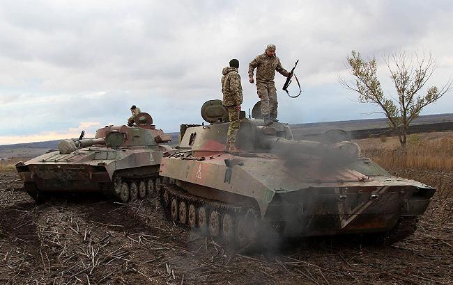 Фото: военные в зоне АТО (facebook.com/ato.news)