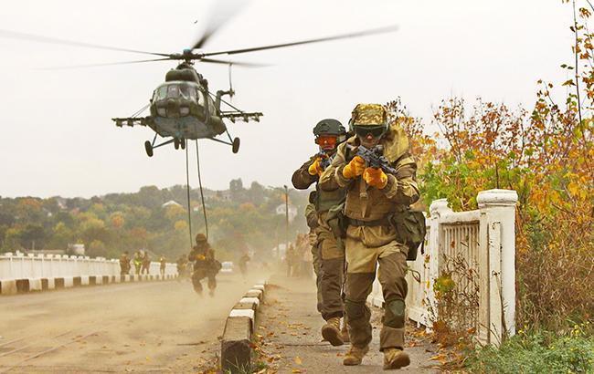 Засутки наДонбассе 35 обстрелов иодин погибший— Штаб АТО