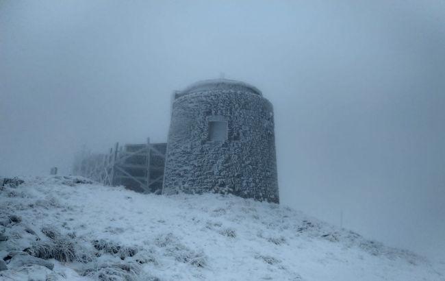 У Карпатах випало до 7 см снігу