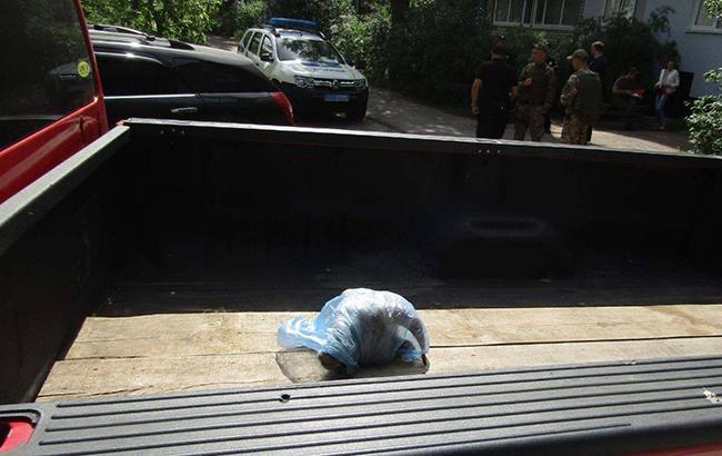 Фото: депутату горсовета подбросили баранью голову (facebook.com csomvd)