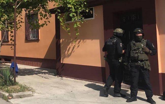 Российские силовики в Крыму пришли с обысками к крымским татарам