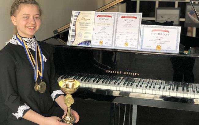 Юна українська піаністка перемогла на конкурсі в Мілані