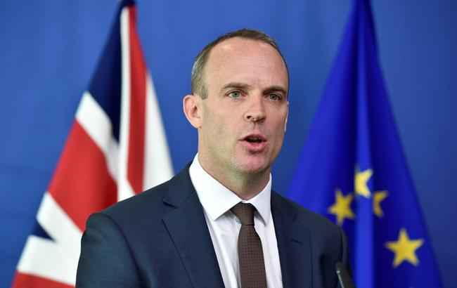 Британський міністр з питань Brexit подав у відставку