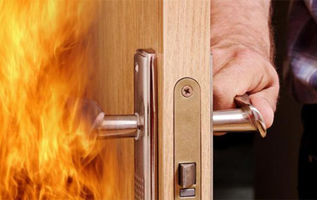 В Днепре в своей квартире заживо сгорел пенсионер: подробности инцидента