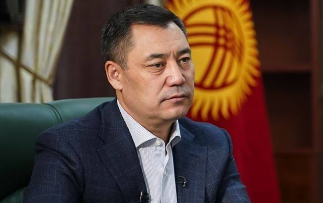 Хакери зламали сторінку у Facebook президента Киргизстану