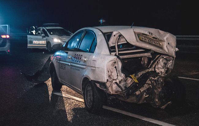Під Києвом зіштовхнулися 19 автомобілів, є постраждалі
