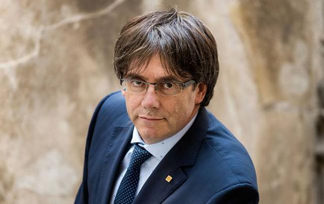 Глава Каталонії закликав місцевий парламент прийняти рішення щодо незалежності