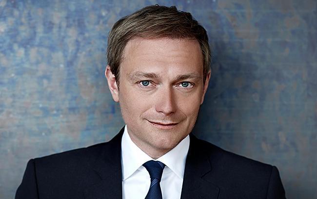 Лідер німецької політичної партії запропонував заморозити питання Криму