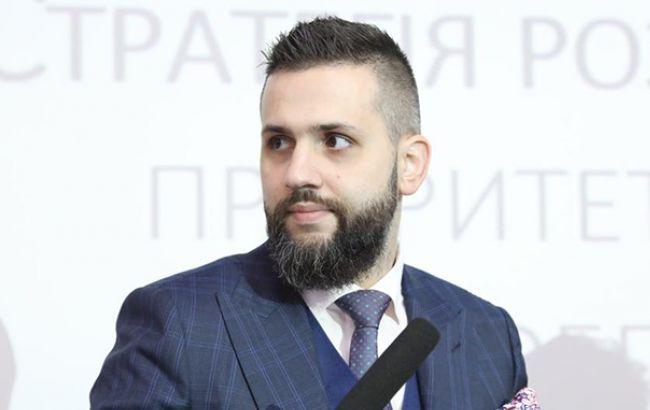 Нефьодов предлагает повысить стоимость безналоговых посылок