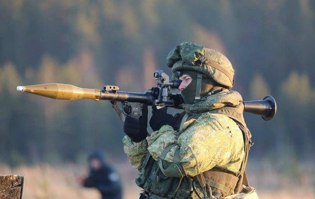 Боевики ночью сбросили гранаты на позиции сил ООС, ранен военный