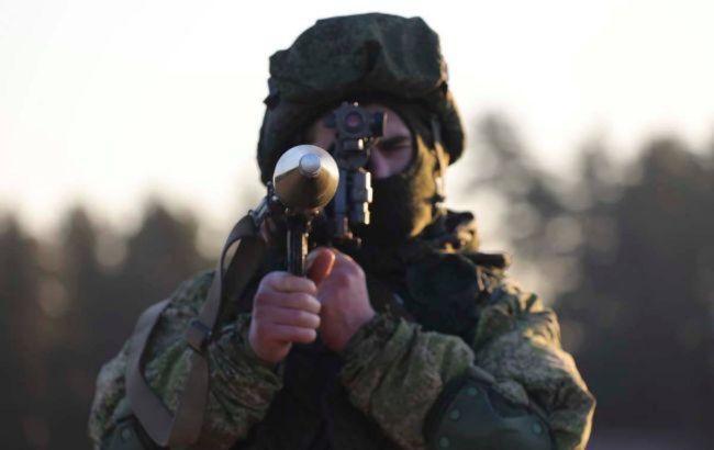 Боевики 12 раз обстреляли позиции украинских военных, используя запрещенное оружие