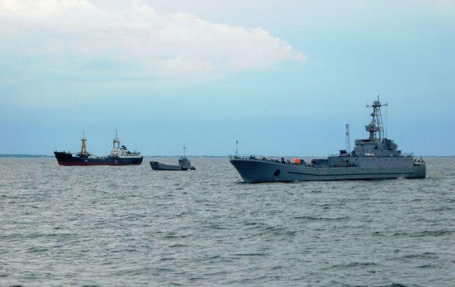 Военный корабль Украины получил повреждения в Черном море. Идет спасательная операция