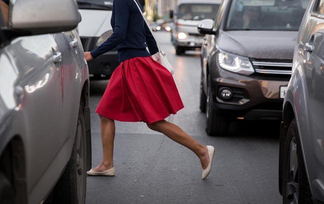 """""""У разі ДТП відразу втрачаєте товарний вигляд"""": автомобілісти звернулися до """"милим дам"""" (відео)"""