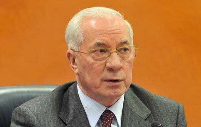 Справа Азарова передали до суду, - Луценко