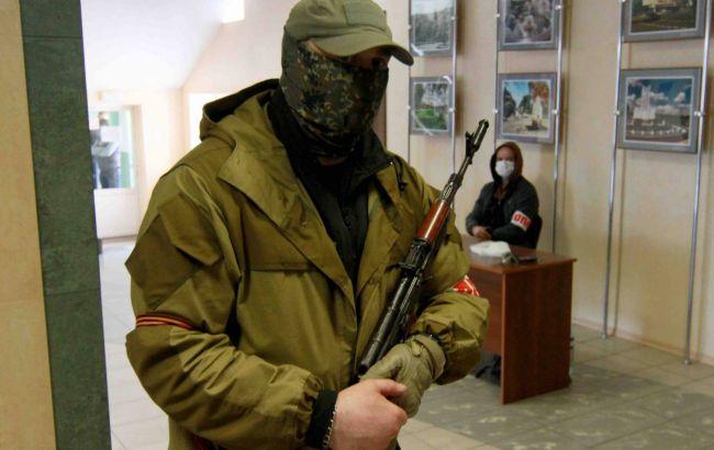 """На Донбасі затримали бойовика """"ДНР"""". Він хотів перейти лінію фронту"""