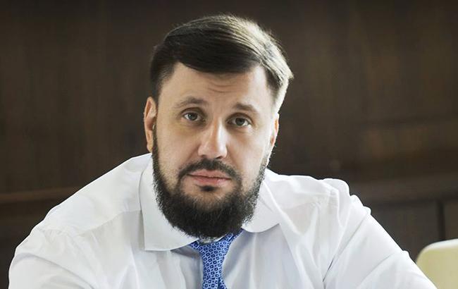 """Фото: полиция опубликовала видео обыска в """"Вестях"""" (facebook.com/O.V.Klymenko)"""