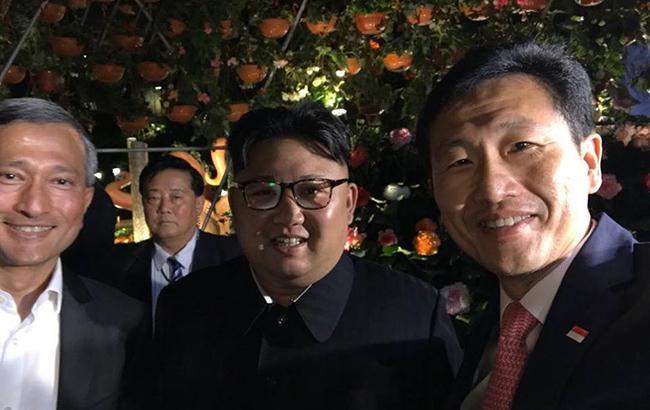 Ким Чен Ыну провели экскурсию Сингапуром перед саммитом с Трампом