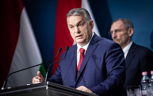 """Орбан хочет запретить въезд иммигрантов в Венгрию из-за """"биологической угрозы"""""""