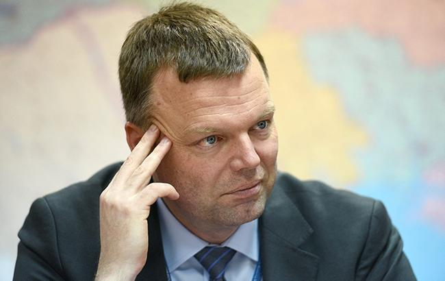 Хуг рассказал Плотницкому о препятствовании международным наблюдателям в ЛНР