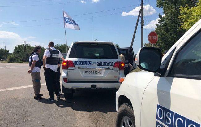 Спостерігачі ОБСЄ виїхали до місця обміну полоненими