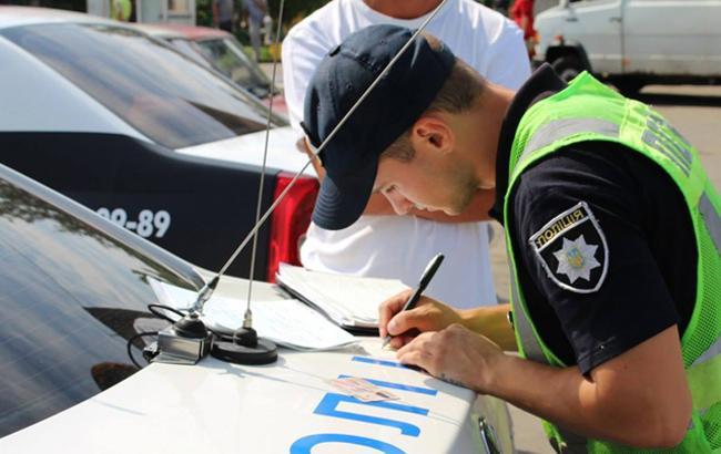 У Києві в результаті ДТП автомобіль влетів у натовп людей