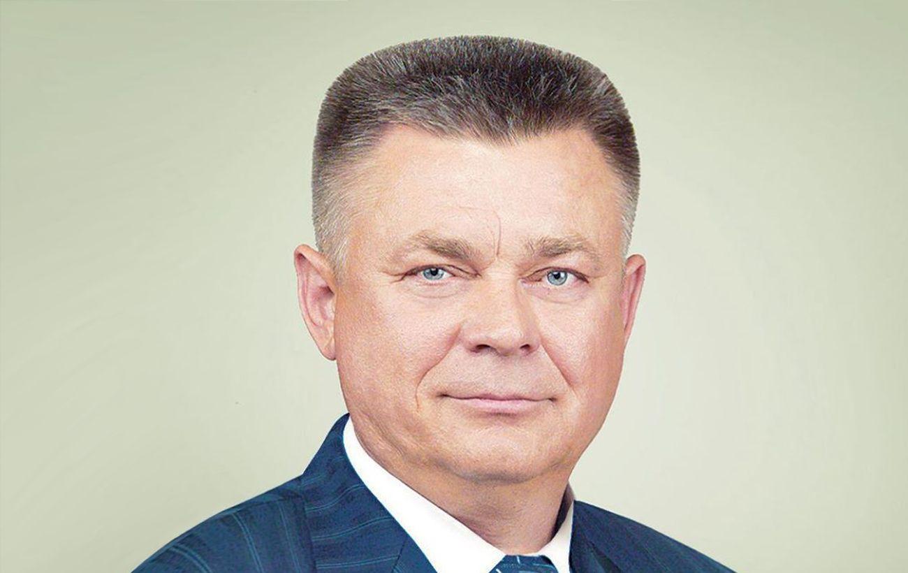 Екс-міністра оборони заочно заарештували у справі про розстріли на Майдані