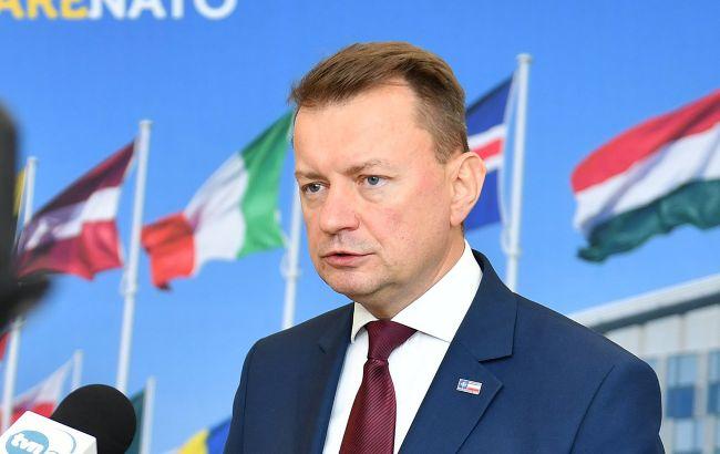Путин хочет восстановить империю, - глава Минобороны Польши