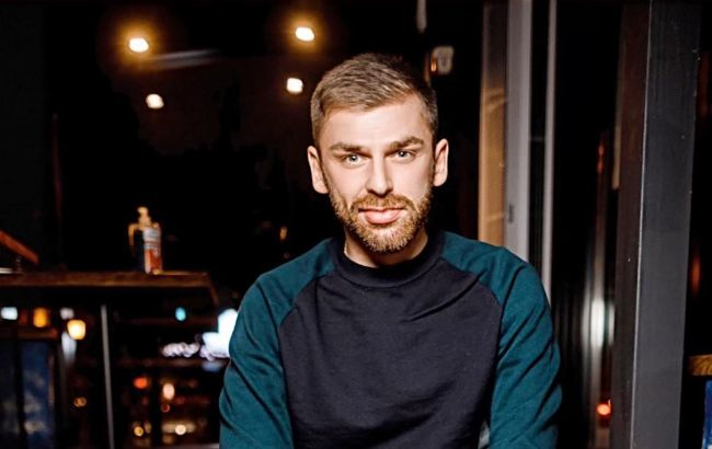 """Долго не страдал по Мишиной: полуфиналист """"Холостячки"""" Рыбак засветил на фото свою девушку"""