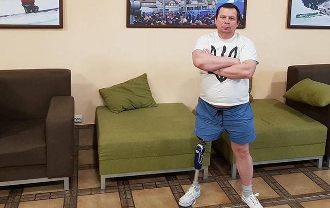 """""""Ледь вижив"""": в мережі розповіли зворушливу історію ветерана АТО, який втратив ногу (відео)"""
