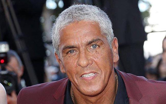 Скандальный французский актер засобирался в оккупированный Крым