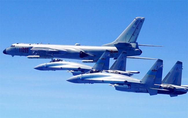 Бомбардировщики ВВС Китайская народная республика  совершили посадку наостровах вЮжно-Китайском море