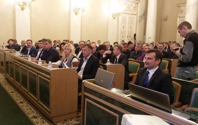 В Украине запретили депутатам местных и облсоветов голосовать при конфликте интересов