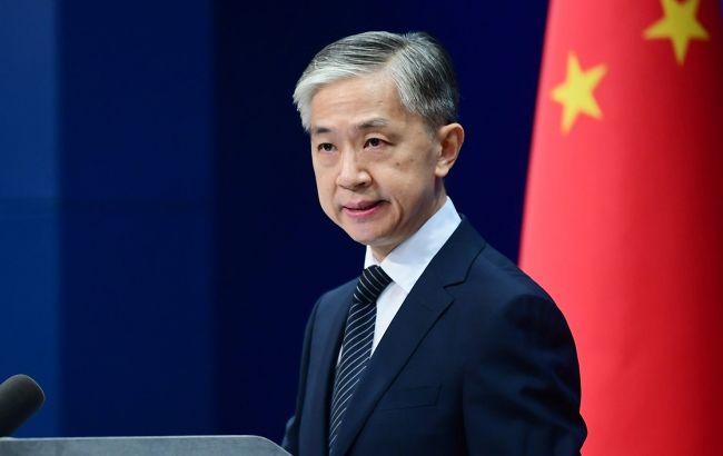 У МЗС КНР відповіли на заяву Франції про невизнання COVID-вакцин Росії і Китаю