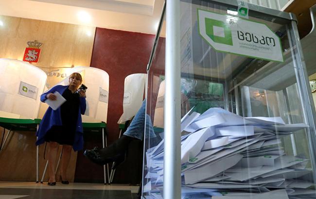 Выборы президента Грузии: экзитполы опубликовали первые подсчеты
