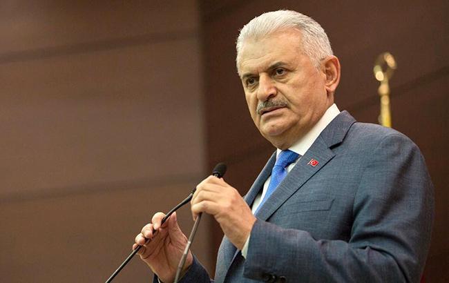 Премьер Турции призвал США отказаться от поддержки курдов