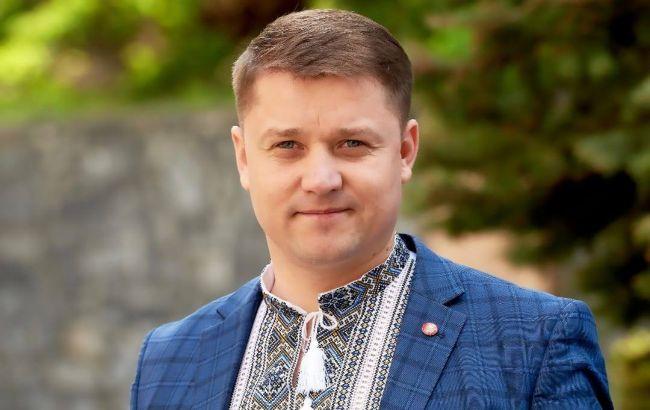 """""""Упакуем и вывезем из города"""": мэр Ровно сделал скандальное заявление о ромах"""