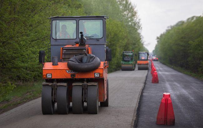 Злоупотребления при строительстве дорог: в 9 областях проходят обыски