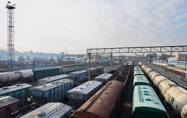 Экспорт из Украины вырос на треть благодаря буму на товарных рынках