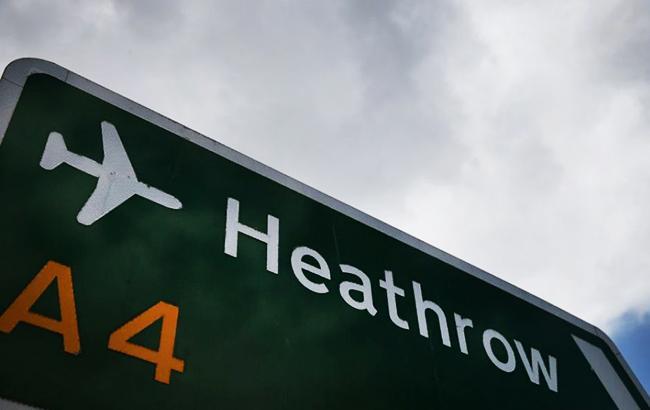 В аэропорту Лондона столкнулись два самолета, есть жертва