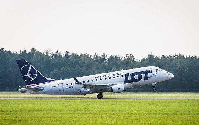 Польская авиакомпания LOT рискует потерять возможность полетов в Харьков (фото: facebook.comLOT)