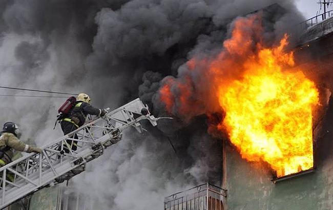 В Киеве на Бессарабском рынке произошел пожар
