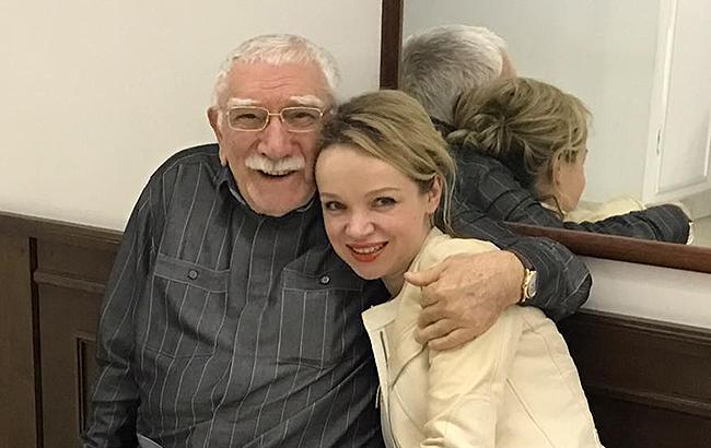 Фото: Армен Джигарханян і його третя дружина (facebook.comvitalina.romanovskaya)