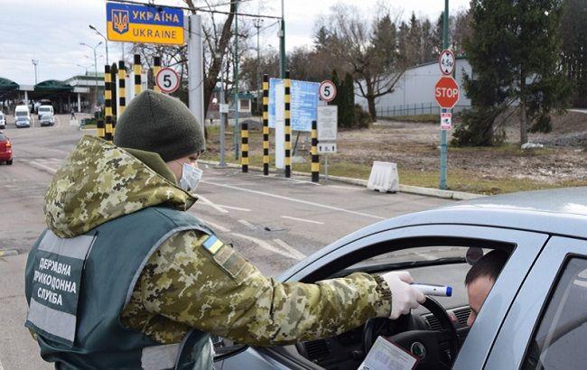 Коронавирус приближается к украинской границе: ситуация в стране