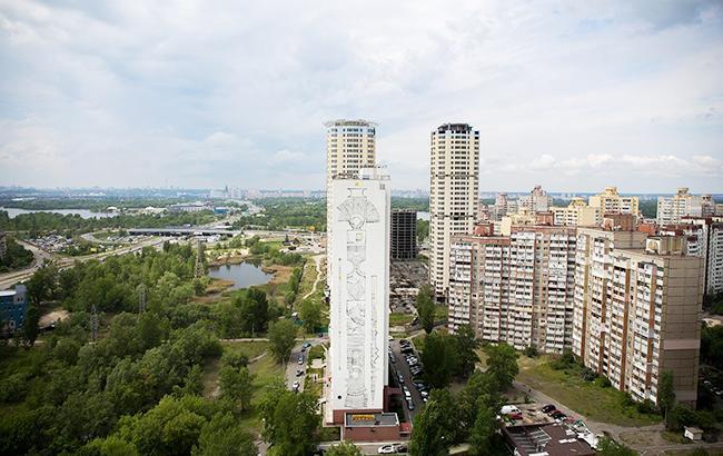 Киевский массив Троещина попал в иностранные клипы