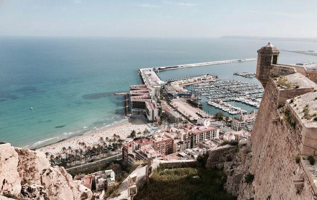 Мавританский колорит на побережье Коста Бланка: живописный курорт в Испании станет доступнее для украинцев